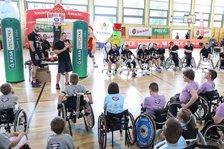Niepełnosprawni na Marcin Gortat Camp 2021