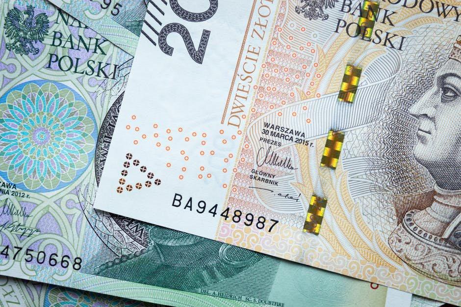 banknoty - pożyczka udzielona na 2 miesiące.jpg